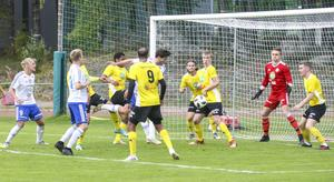 Förra säsongen slutade Söderhamns FF  på åttondeplats i division 3 mellersta Norrland.
