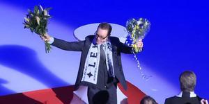 Niklas Eriksson i samband med fredagens tröjhissning. Bild: Skärmdump C More