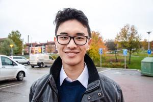 Viktor Zhang, 23, studerande, Nacksta: