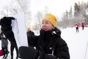 Friskvårdspedagogen Marie Hasselgren var både funktionär och stafettåkare i går.