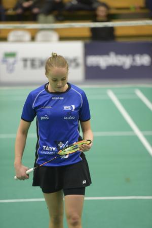 Det var Täby mot Täby i damsingelfinalen. Rebecca Kuhl förlorade mot Ashwathi Pillai efter en tät duell.
