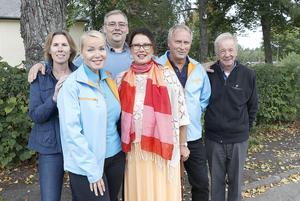 Moderaterna i Hällefors vill fortsätta vara en del av den regerande majoriteten i kommunen, men vilka som kan bli samarbetspartners vill ingen ens gissa.Ulrika Jonsson, Cecilia Albertsson, Jaco Neerings, Christina Johnasson, Per Carlsson, Göran Strömqvist.
