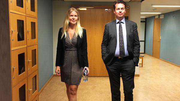 Köparnas juridiska företrädare biträdande advokat Madelene Andersson och advokat Martin Wiklundh.