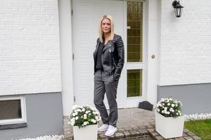 Malin Bernhardsson är hemma efter en äventyrlig sommar i Grekland där hon varit med i inspelningarna av Bachelor – när leken blev allvar.