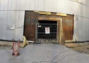 En konsultfirma har gjort en teknisk undersökning av cisternen som gick sönder.