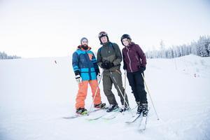 Lisa Eklund, Anders Dahl och Erik Nilsson från Umeå är här för att fira nyår på hotell Hallstaberget.