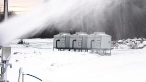 Pumparna levererar som max 200 kubikmeter i timmen  men för att kunna nå upp i topprestanda krävs det kyla.