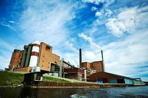 Domsjö-fabriken, Modo Paper, har alltid haft en  central roll hos Tore Erkén.Foto: Leif Wikberg