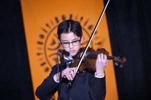 Yaniel Wallsten spelade fiol.