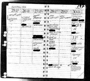 Bild från polisens förundersökning. Utdrag från Mattias Flinks dagbok visar ett trassligt förhållande med flickvännen och ett humör som, enligt hans egna noteringar, pendlar mellan lycka och depression.