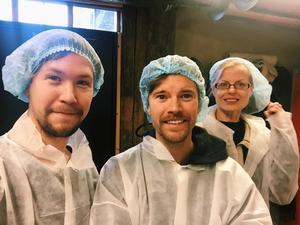 Per Bifrost, Alexander Rynéus och Malla Grapengiesser har gjort en dokumentär om Sveriges minsta kommun, Ydre. Foto: Folkets Bio