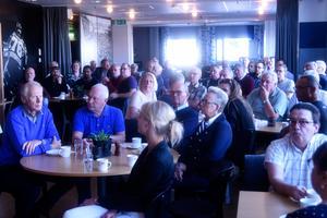 Ett 50-tal medlemmar närvarade på mötet.