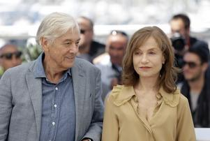 Två av den moderna filmens giganter. Paul Verhoeven och Isabelle Huppert  tillsammans under filmfestivalen i Cannes 2016. Foto: Lionel Cironneau/AP