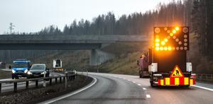 Den tillfälliga rekommenderade hastigheten på sträckan är 50 kilometer i timmen.