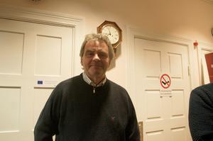 Håkan Reinklou är ansvarig för utställningen av knivar på Gaaltije.
