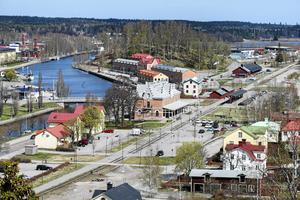 Söderhamns kommun måste spara pengar. Ett av de konkreta förslagen är att säga upp 10-14 tjänster inom kommunstyrelseförvaltningen.