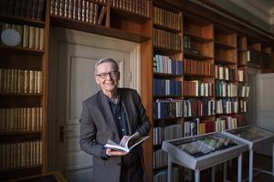1 juni fyller Anders Olsson 70 år och faller då för åldersstrecket som  ständig sekreterare. Det är med glädje han lämnar över till  efterträdaren Mats Malm. Foto: Jessica Gow/TT