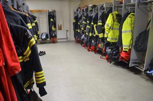 Larmställen på räddningsstationen i Falun är redo för nästa utryckning.