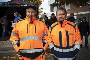 Jimmy Forsberg och Tony Wiksten jobbar båda på sågen.