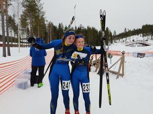 Vintrosas Elin Schagerström tog JVM-silver – bakom lagkompisen Sofia Westin. Foto: Margaretha Pepa
