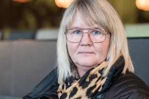 Anna-Carin Carlsson Stjärnlöf  upplever att samhället inte har kunskap nog om softöverkänslighet.