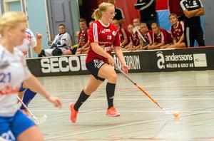 Linnéa Wennmyr gjorde ett mål för Per-Ols i 8-2 segern mot Hagfors.