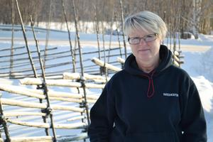 Gun Eriksson, ordförande för IOGT-NTO i Dalarna, är kritisk. Hon befarar större alkoholrelaterade problem om gårdsförsäljning tillåts.