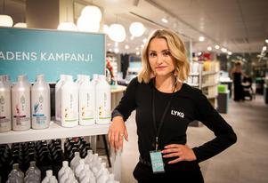 Sofia Bäckström, butikschef på nyöppnade butiken Lyko i Birsta city.