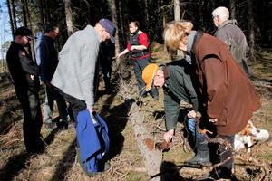 Fjolårets skador av granbarkborre är de mest omfattande sedan åren efter stormen Gudrun i januari 2005. Efter fjolårets torra sommar befaras nu ännu större angrepp eftersom barkborrarna hann föröka sig två gånger.