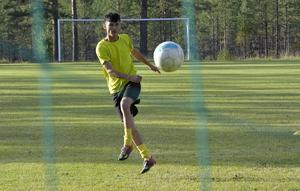 Mohammed Mohammadi har öst in mål på slutet för Åsens SK som nästa år spelar i division 6.