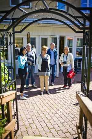 En svart portal till bron var en av sakerna som Tryggebo kunde köpa efter att ha delat förstaplatsen med Forsagården i förra årets tävling.