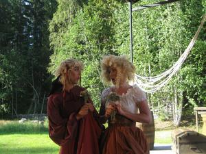 Cherubin och Barberina (båda sångerskorna med Bollnäsursprung)