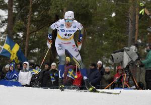 Oskar Svensson fick dagen förstörd när han blev påkörd på upploppet.