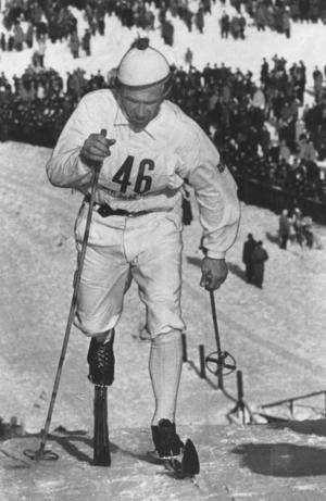 Sixten Jernberg vann 1951 ett skidlopp i Säter.