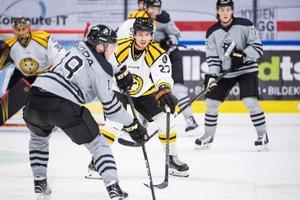 Emil Forslund spikade siffrorna till 4–1 i tom kasse mot AIK på lördagen. Foto: Johanna Lundberg/Bildbyrån