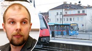 Wilhelm Magnusson ser allvarligt på bussneddragningarna. Bild: Michael Landberg/Anders Almgren