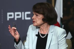 Senator Dianne Feinstein (D) blir sannolikt omvald som senator för Kalifornien.                                                                                                        Foto: AP/TT