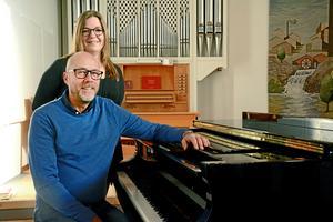 Anna-Maria Toftgård och Adan Brown är båda erfarna körledare med en förkärlek för gospel.