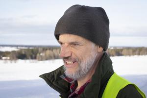 """""""Det är Oviken som borde vara en nationalpark. Fjäll finns det hur mycket som helst av i världen men inte ett bördigt jordbrukslandskap vid en stor och speciell sjö"""", säger Anders Olof Öhlén."""