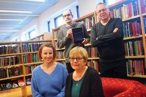 Oskar Larsson, Per Andersson, Solvita Lasmane och Karin Blomqvist ska ge digital första hjälpen till allmänheten.