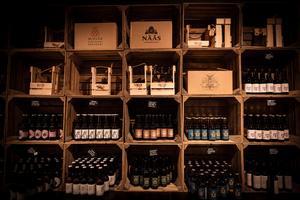 Lokalproducerade drycker av olika slag.