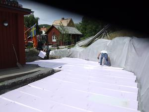 Dränering och markisolering inför bygget av skyddsmur. foto: Göte Nordmar
