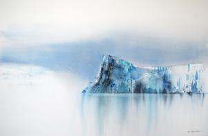 Målningar som nästan får en att höra snödroppet, skriver vår kritiker.