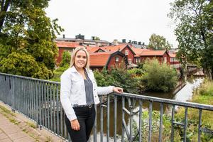 Emma Kjellbo trivs i Västerås där hennes familj och vänner finns.