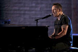 Springsteen hyllas för sin Broadwayshow. Foto: Michael Zorn/Invision/AP