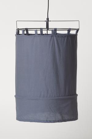 10. Taklampa i linne, 499 kronor på H&M Home.