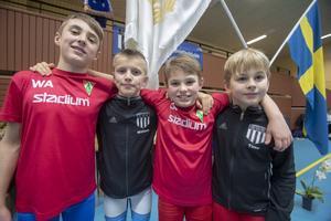Från BK Loke i Gävle tävlade från vänster William Aflarenko, 10 år, William Sjödén Sandvikens BK, 11 år, Oscar Aflarenko BK Loke, 9 år och Timo Päbel, 9 år tävlar för Sandvikens BK.