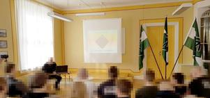 Rudegården intogs av Nordiska motståndsrörelsens medlemmar under nästeträffen den 21 april. Bild: Skärmdump från Näste 4:as Twitterkonto.