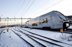 I tidtabellen annonseras dubbeldäckarna, X40-tågen, som SJ InterCity.Tågen som trafikerar Sundsvall-Stockholm kommer att ha en temporär bistro/servering.Avgångarna kommer inte att ha rullstolsplatser, SJ erbjuder alternativa resor till reducerat pris.