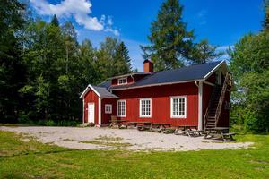Blankhult är en av de friluftsgårdar som Region Örebro län säljer. Foto: Länsförsäkringar